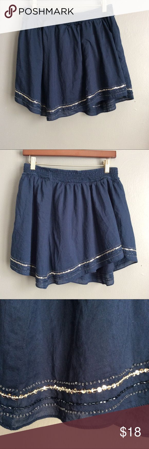 American Eagle Outfitters Skirt American Eagle outfitters skirt, size M. Feel free to make an offer. No trades. American Eagle Outfitters Skirts