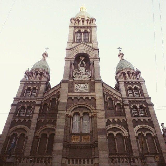 El Santísimo, otrora emblema de clase #churches #iglesias #chapelles #arquitectura #architecture #style #Iconic #arte #art #city #Retiro #BuenosAires #Argentina (en Basilica del Santisimo Sacramento -...