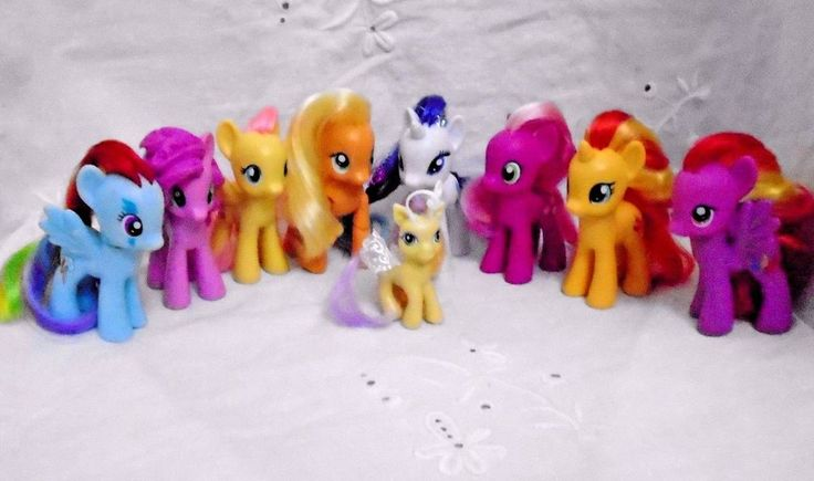 Lot of 8 G4 Hasbro My Little Pony Friendship Is Magic Figures with Breezie #HASBRO