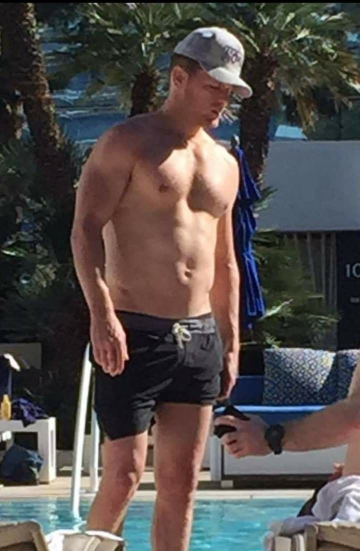 Sam In Vegas Sam Heughan Sam Heughan Outlander Sam Hueghan