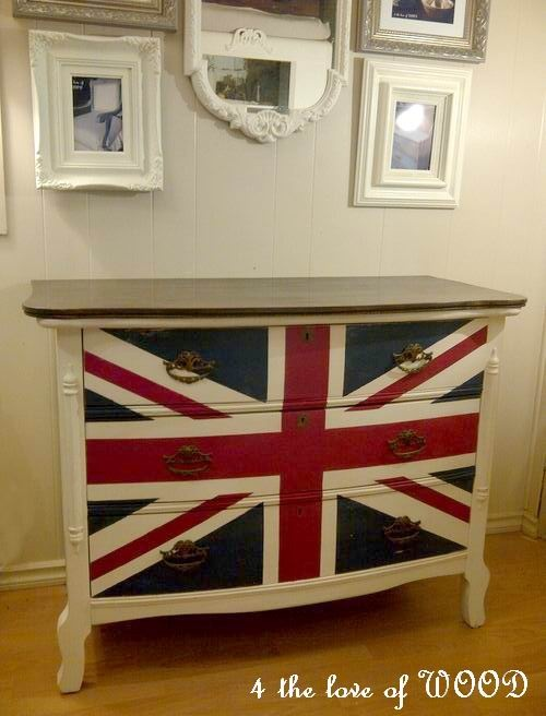 4 the love of wood: SONJA'S LOVE - union jack dresser in white