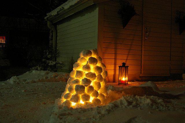 Snow lanterns (Lumilyhty) - a Finnish winter tradition