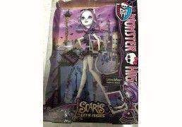 Monster High Doll Catrin...