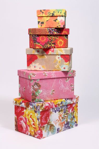 Boxes galoreUrban Outfitters, Shoes Boxes, Beautiful Boxes, Storage Boxes, Bright Floral, Room Decor, Pretty Boxes, Floral Boxes, Boxes Urbanoutfitters
