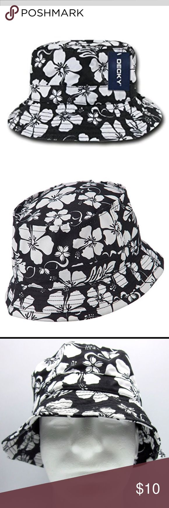 Floral Bucket Hat Cute Black and White Floral Bucket Hat. Great for the beach. Size Small/Medium, NWT Decky Accessories Hats