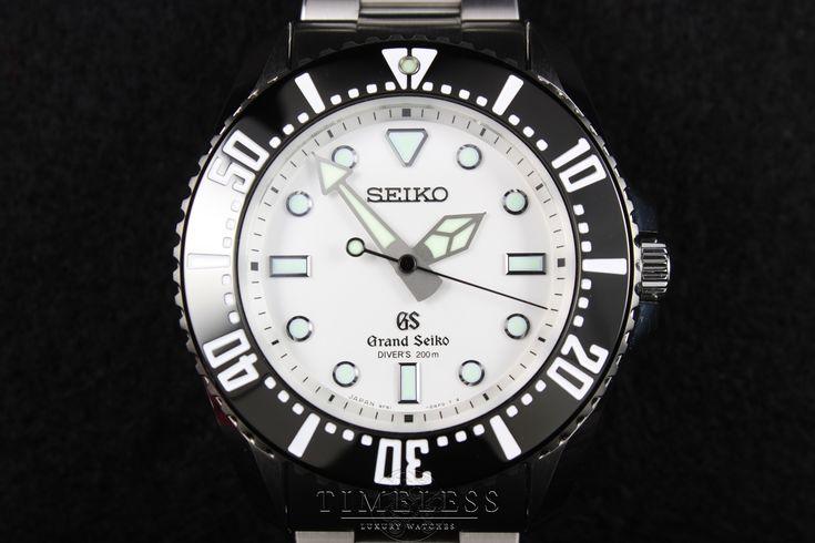 Grand Seiko SBGX115 & SBGX117 Quartz Diver Review | Timeless Luxury Watches