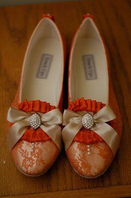 Immensely gorgeous Marie Antoinette era inspired Halloween heels.