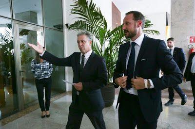 ♥ O Príncipe Norueguês Haakon Magno é recebido no Hotel Meliá Brasil 21 ♥ BSB ♥  http://paulabarrozo.blogspot.com.br/2015/12/o-principe-noruegues-haakon-magno-e.html