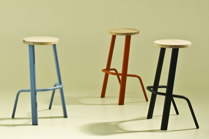 Bull  is a bar stool of tool-like character and utility/Moroso