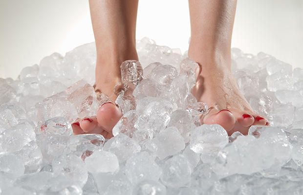 6 Ways To Ease Your Foot Pain