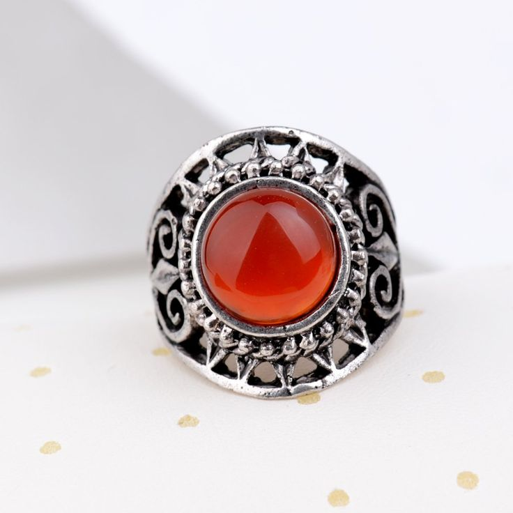 Yazilind Vintage Antique Round Cut Red Jade Retro Silver Plated Heart Hollow 6.5 8 9 Ring Women: Jewelry: