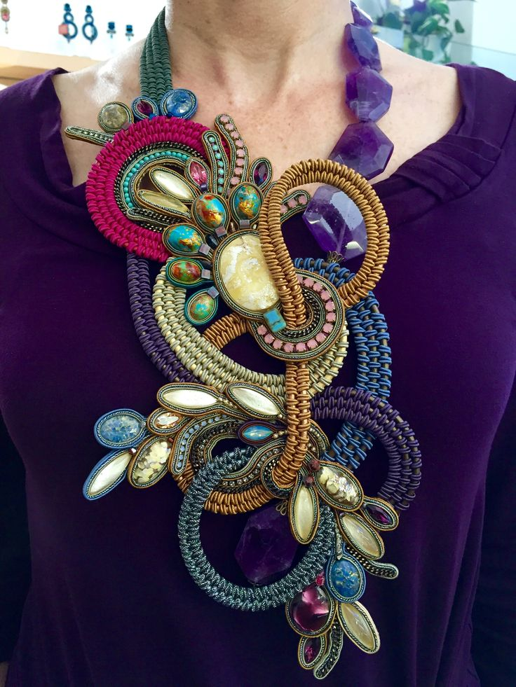 Statement necklace in fall colors by Dori Csengeri. #DoriCsengeri #necklace #oversized #statement #hautecouture
