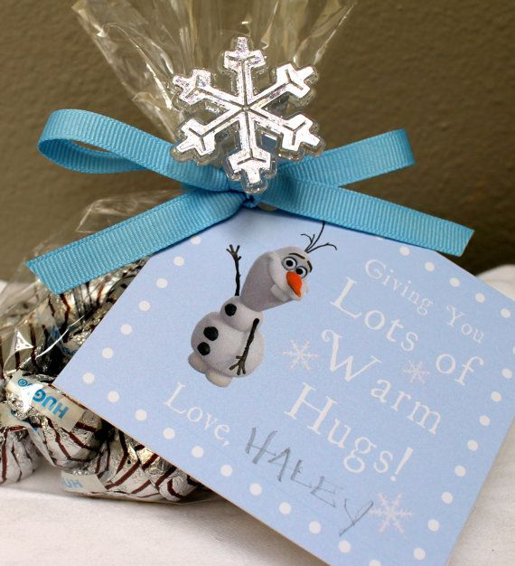 Send your guest home with these adorable WARM HUGS from OLAF favor tags and chocolate Hugs at your Frozen party! Simply print tags, cut out, punch