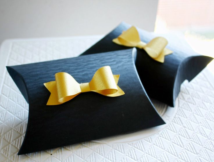 Wedding Pillow Boxes, Bridal Shower Favor Ideas, Pillow Boxes, Bow Pillow Boxes, Kate Spade Party Favors