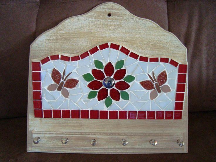 Porta chaves/carta em mosaico, pode ser feito em outras cores.