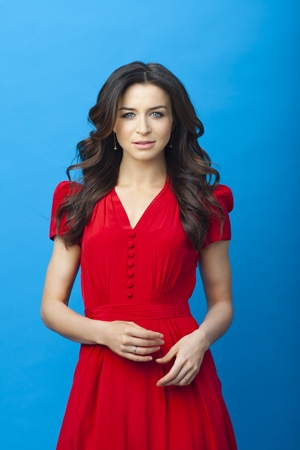 If only the sleeves would fit! (Caterina Scorsone)