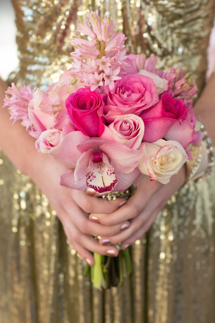 Modern Chic Pink and Gold Wedding Ideas