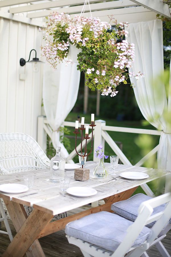 scandinavian porch dining