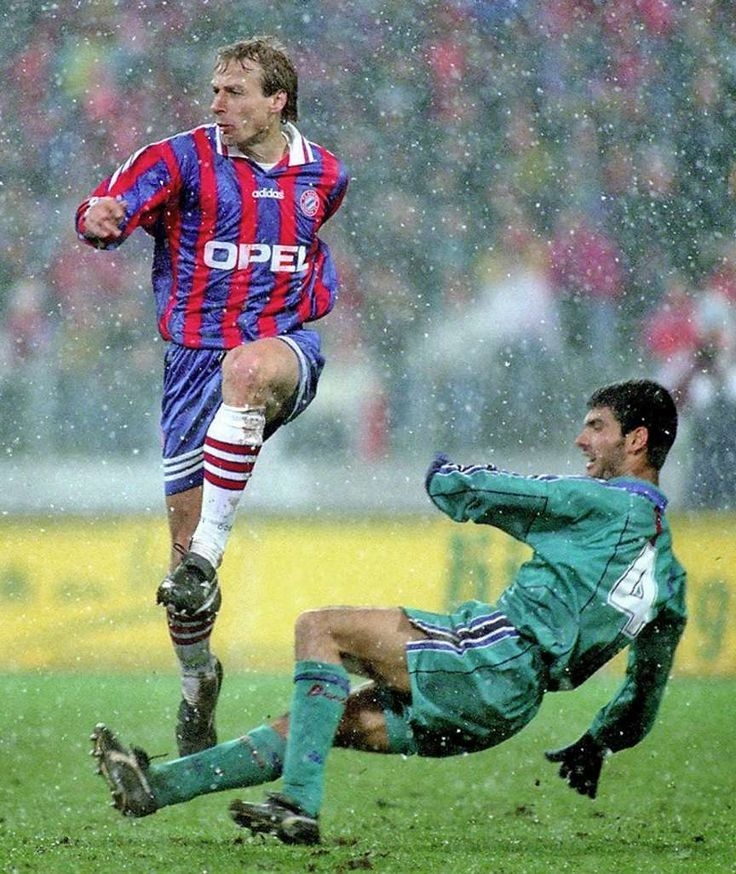 Klinsmann and Guardiola in action during the 1996 UEFA Cup, Semi Final 1st Leg, in Munich.
