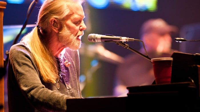 Allman Brothers at the Beacon Theater: A Euphoric Shoot-Out