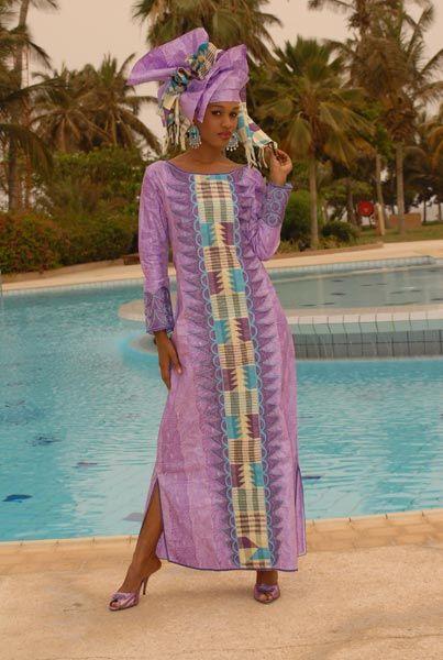 La créatrice Passionnée de mode et de design, la créatrice autodidacte ouvre en 2005 sa boutique sous le nom de : LA MERVEILLE. Riche de ses voyages et convaincue de la valeur de la mixité de la (...)