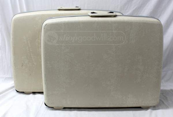 These are so nice. #goals | Vintage Samsonite Hard Case Suitcases