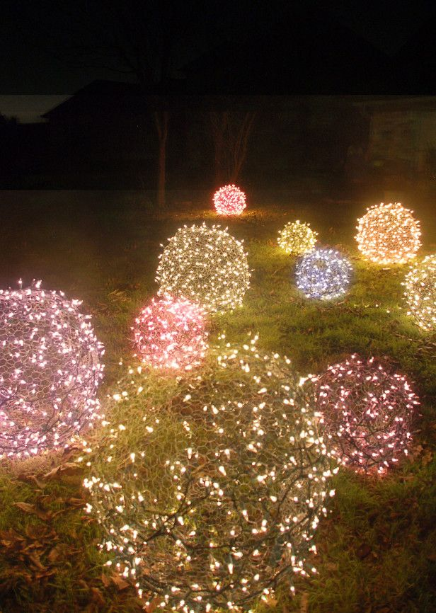 DIY Light Ball Lawn Ornaments --> http://www.hgtvgardens.com/christmas/diy-christmas-light-yard-ornaments?soc=pinterest