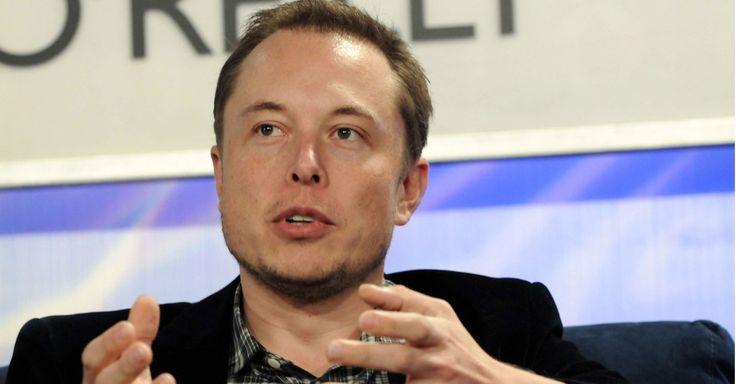 Elon Musk Plans to Make a Real-Life Bond Submarine