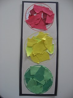 Simple traffic light craft - tearing paper and sticking them in the right coloured circles.