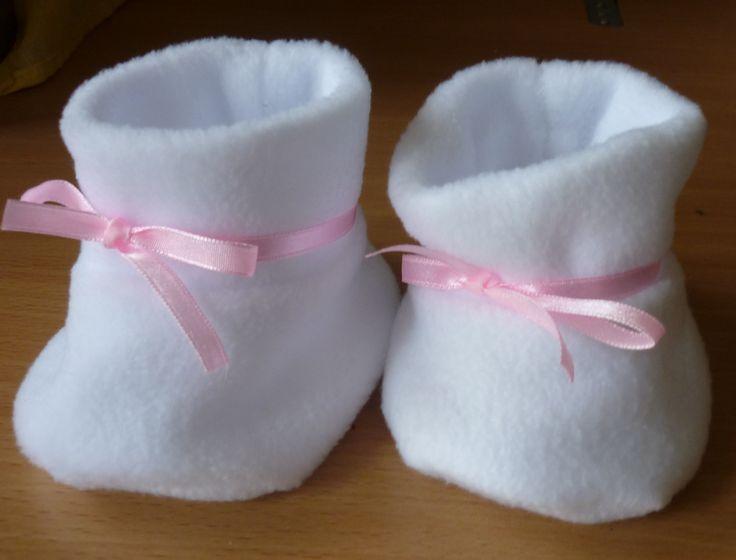 polár cipőcske