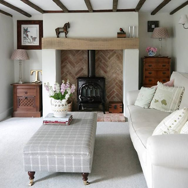 25 Best Ideas About English Cottage Bedrooms On Pinterest: 25+ Best Ideas About Cottage Fireplace On Pinterest