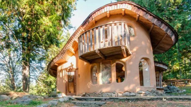Airbnb 1-Mayne Island BC
