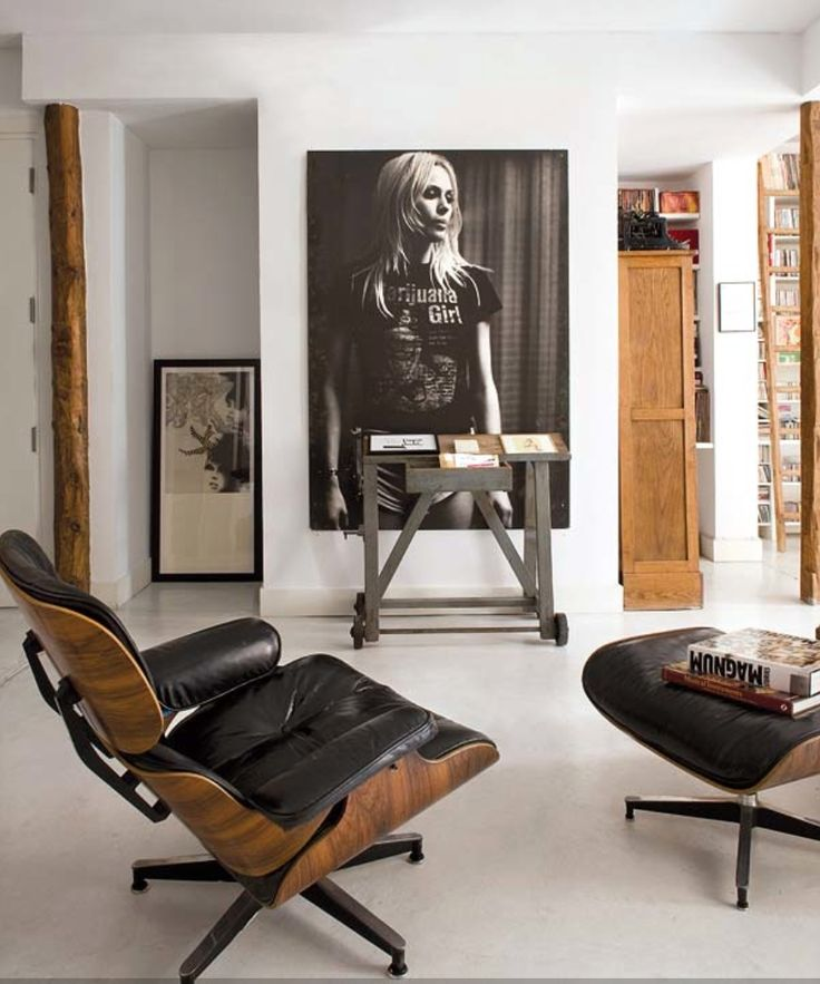 Hip appartement met Eames Lounge Chair