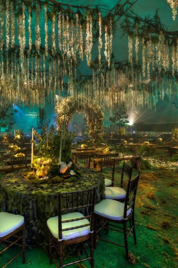 Forest Themed Wedding Reception.  I would have LOVED this for my wedding!