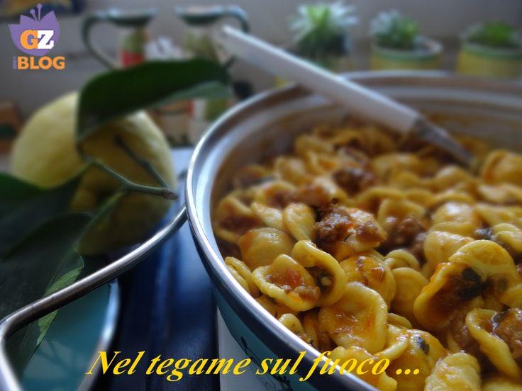Orecchiette con salsiccia, limone e zafferano - ricetta primi-