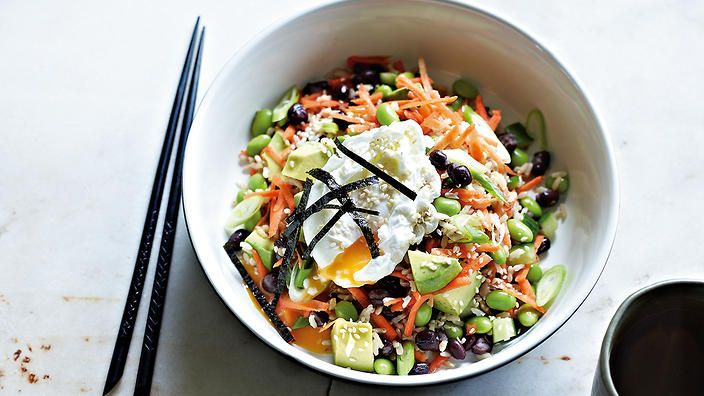 Adzuki bean, brown rice and edamame sushi salad with poached egg | Brown rice salad | SBS Food