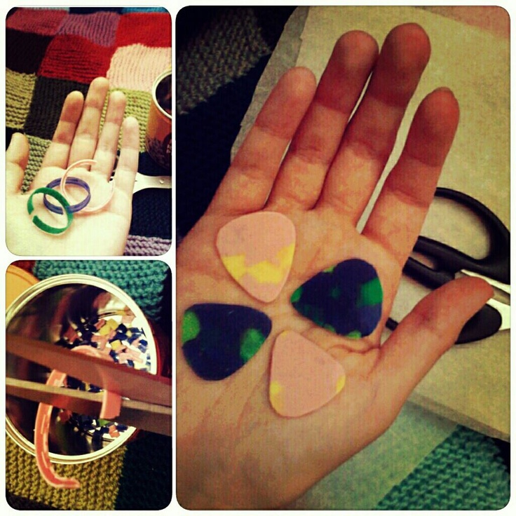100% recycled guitar picks