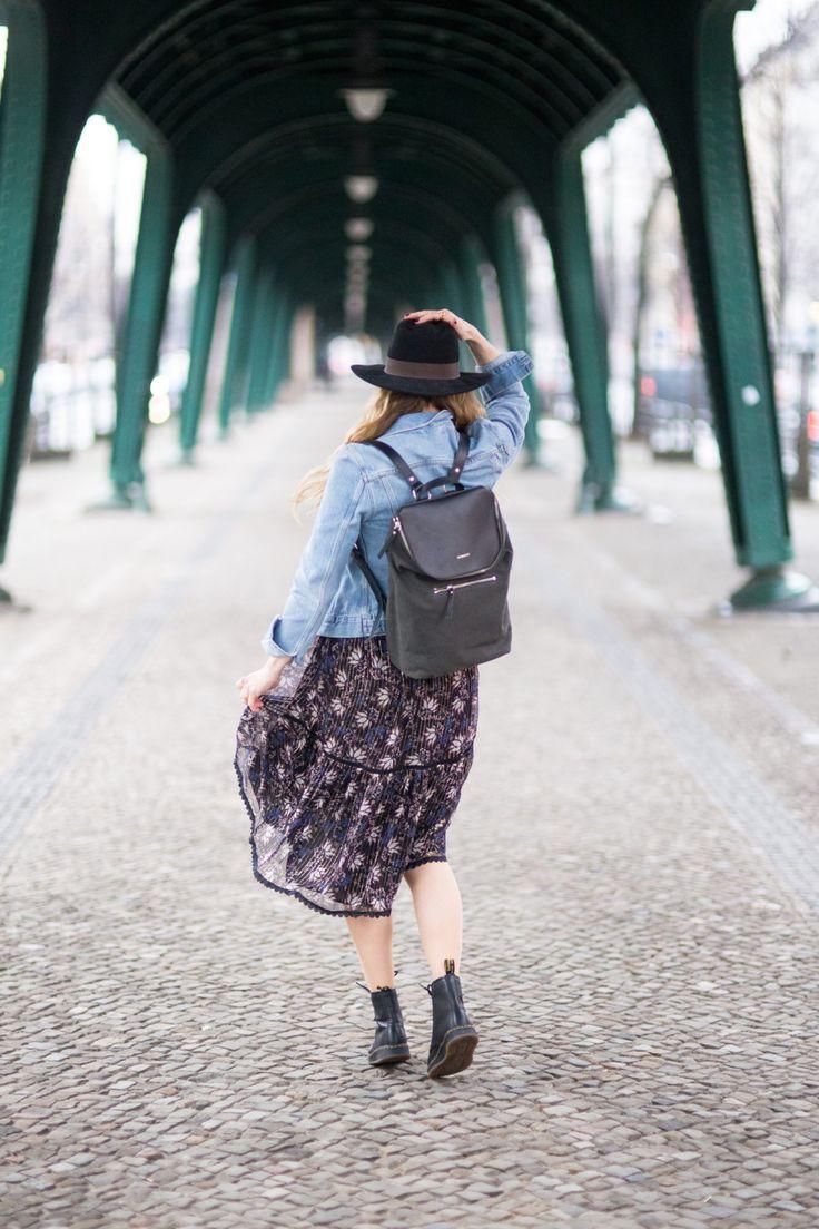 Mika in Beluga worn by Ina Becker #Sandqvist #Floatingbohemian #Mika #Bookbag #Backpack #Streetstyle
