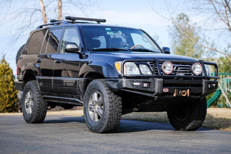Black Lexus LX470 Lifted, Locked, ARB, Sliders