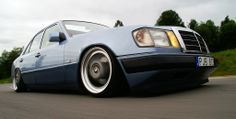 Mercedes-Benz W 124 http://chatwing.com/