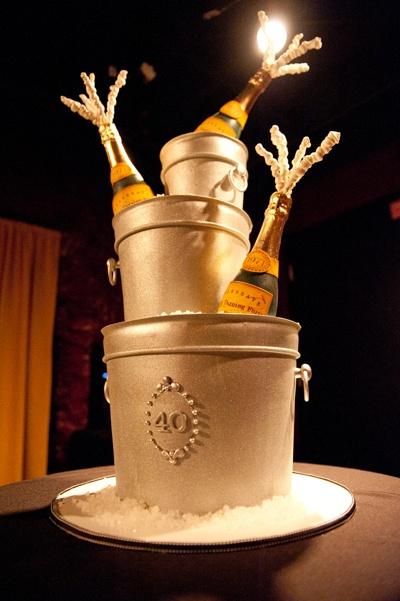40th #Champagne Birthday Cake