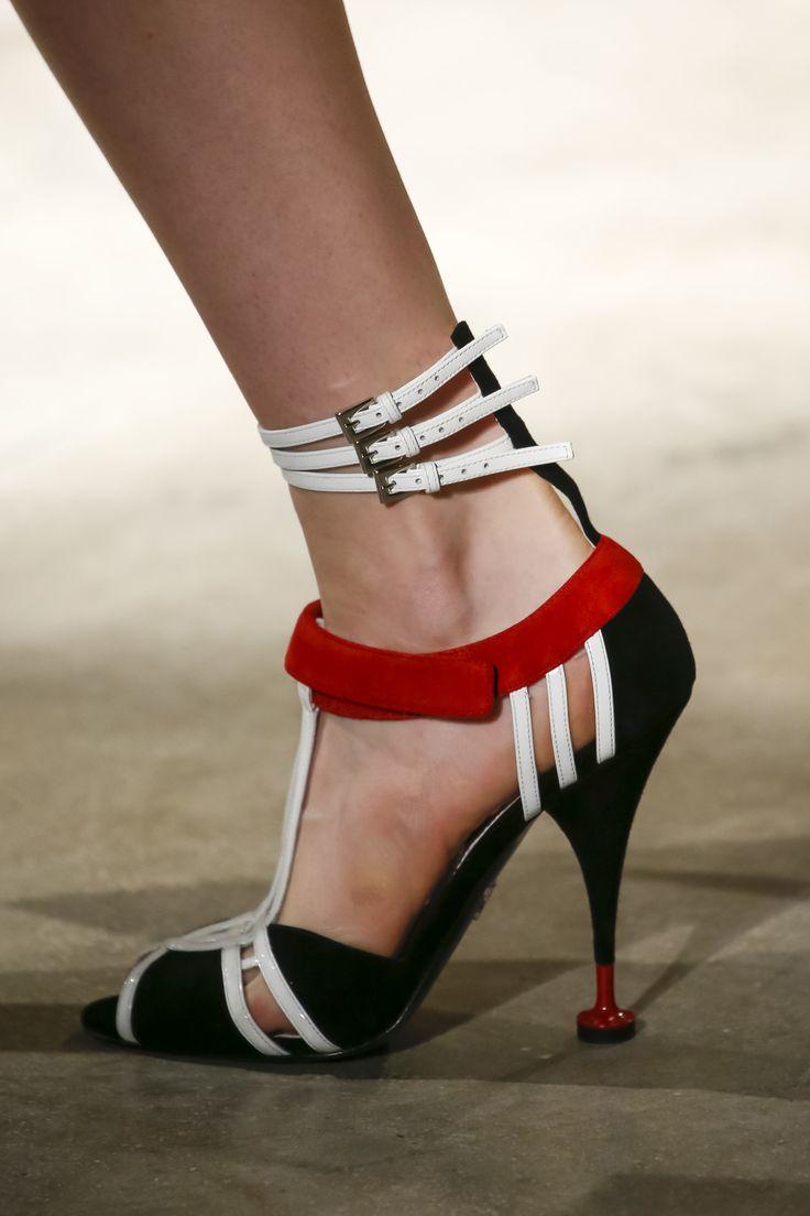 Zapatos De Prada 2016