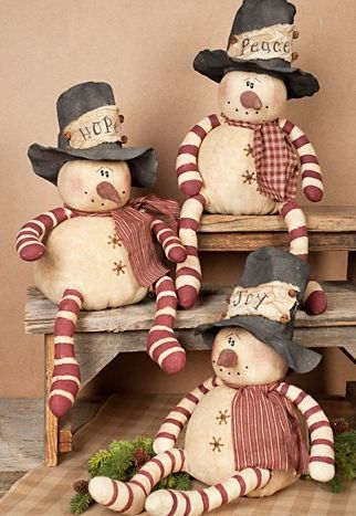 Sitting Whimsy Snowman Hat Trio Set