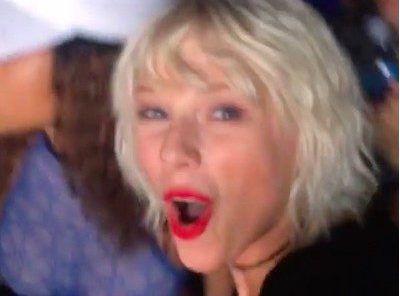 VIDEO: Překvapení během setu Calvina Harrise natočila na fesťáku samotná TAYLOR SWIFT! - Evropa 2