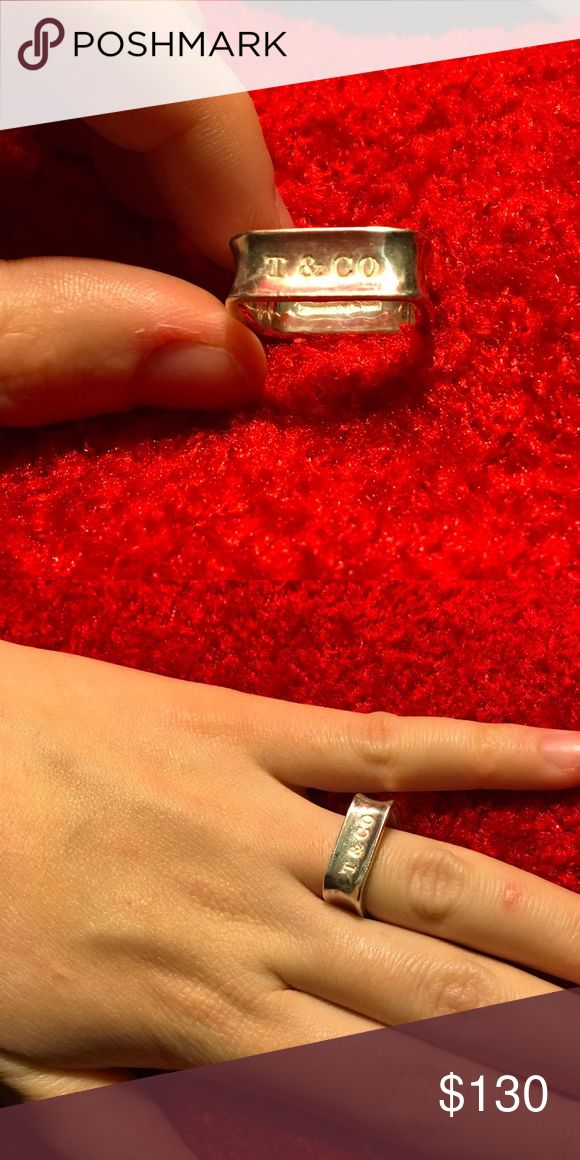 🍷🍷🍷TIFFANY & CO SQUARE RING🍷🍷🍷 VERY STYLISH 🍷SINCE IS SQUARE MIGHT EVEN FIT 7.5🍷RETIRED SYLE🍷 Jewelry Rings