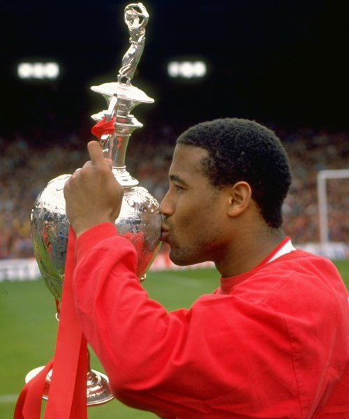 25 years ago: John Barnes signs - Liverpool FC