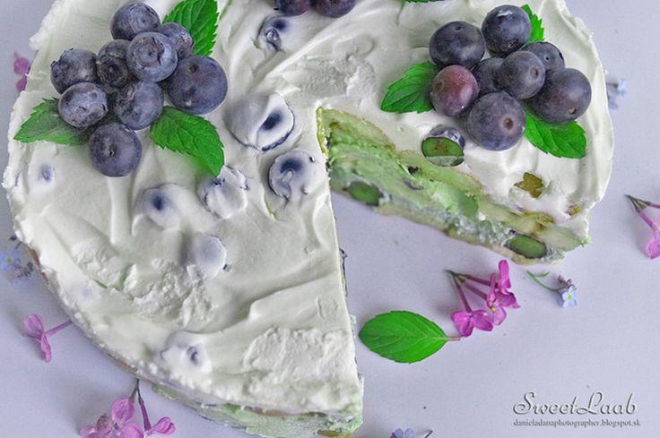 Blueberry Matcha Tiramisu / Čučoriedkové tiramisu s Matcha / Tiramisu aux bleuets et Matcha, Recipe at http://danieladanaphotographer.blogspot.sk/2015/05/blueberry-matcha-tiramisu-cucoriedkove.html
