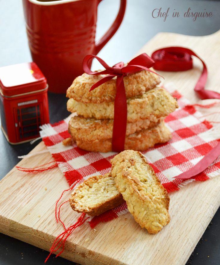 Anzac Biscotti:  Oameat and coconut biscotti)