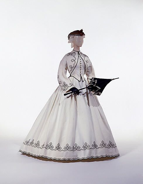Promenade Dress 1862, American made of cotton