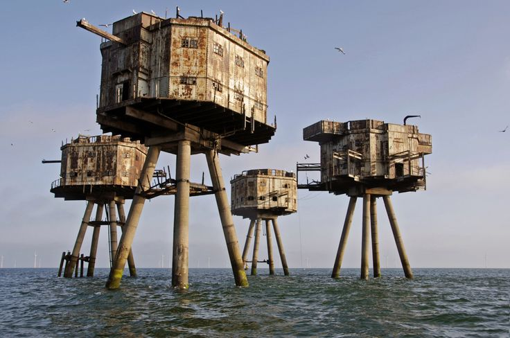 Shivering Sands Army Fort - Thames Estuary (English South East Coast)